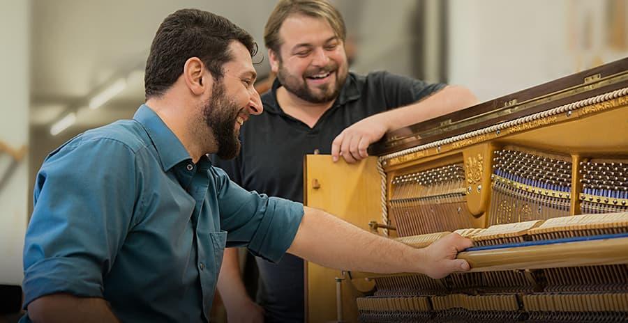 Klavierbaumeister Klavier Kreisel Fürth Nürnberg