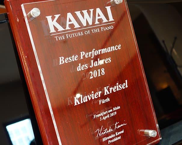 """Preis für """"Ausgezeichnete Performance"""" von Kawai"""