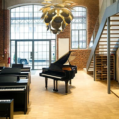 aktuelles fl gel klaviere digitalpianos n rnberg f rth. Black Bedroom Furniture Sets. Home Design Ideas