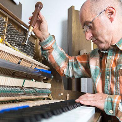 Theo Kretzschmar Kreisel Klavierbauer Nürnberg Fürth